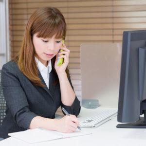 女性キャリアカウンセラーのイメージ写真